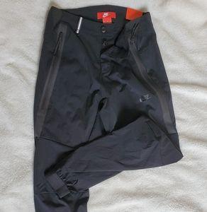 Nike Cuffed Jogger Pants